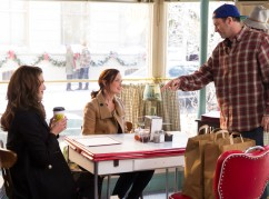 gilmore-girls-a-year-in-the-life26