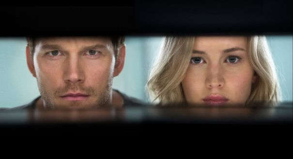 jennifer-lawrence-passengers-2016-promo-images-2